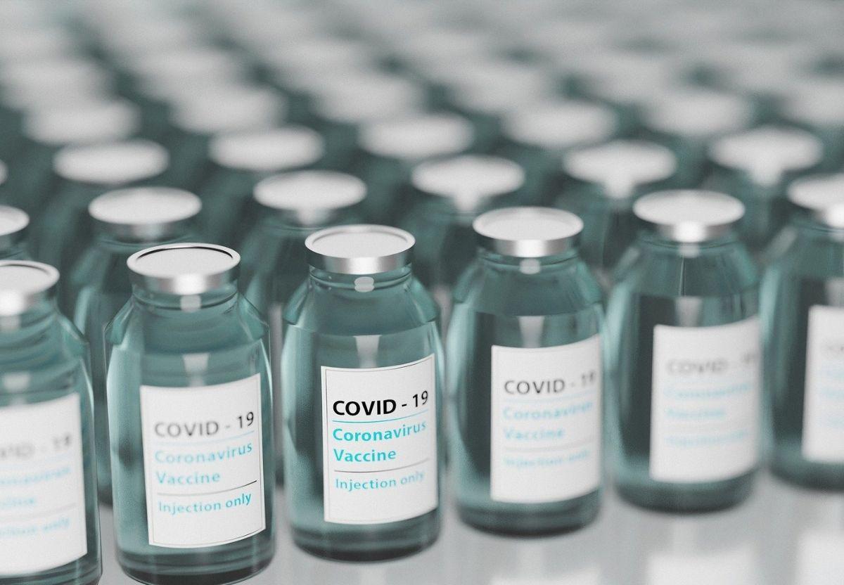 Estudo investigación LactApp covid vacuna moderna AGAM